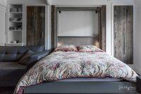 lit rabattable vertical vieux bois ouvert